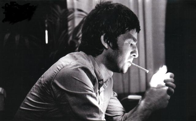 Noel+Gallagher+cig